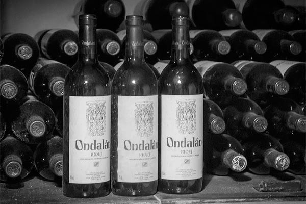 Bodegas Ondalán. Fotos Históricas. Botellas